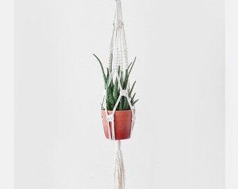 macrame plant hanger, plant hanger, macrame plant pot, macrame hanging, wall hanging, macrame hanger, macrame decoration, plant macrame