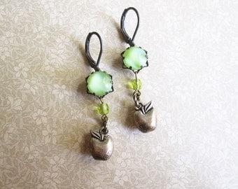 Apple Green Earrings / Vintage Rhinestone Jewelry / Mori Girl / Greenery