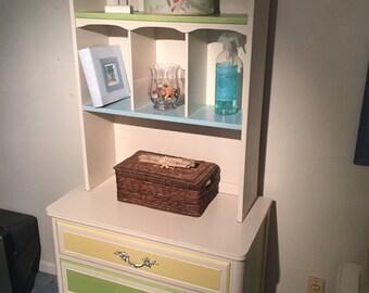 Coastal Gentleman's Chest with Bookshelf