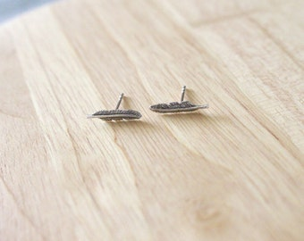 Minimalist Feather Ear Studs, Feather Stud Earrings, Sterling Silver Feather Ear Studs, Leaf Ear Studs, Cartilage Earrings