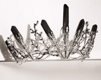 The DUSK VENUS Crown - Black Crystal Crown Tiara - Magical Headpiece. Gothic Alternative Bride, Festival, Game of Thrones!