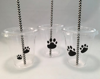 Paw Print Party Cups with Lids and Straws, Plastic Dog Party Drink Cups