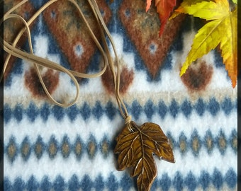 Vintage finnish big pottery maple leaf necklace
