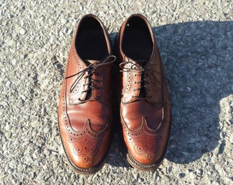 Size 9 Florsheim Tan Scotch Grain Brogues Wingtip Oxford Shoes USA Vintage