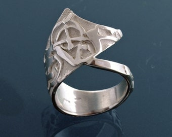 Comma ring in sterling silver. FREE SHIPPING