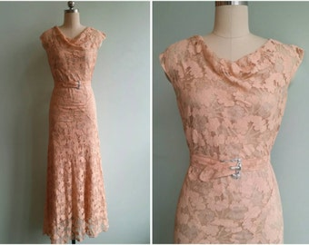 Vintage 1930s Blush Peach Lace Gown  | Size Small