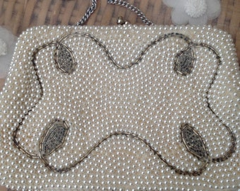 Vintage 1930's White/silver Pearl Effect Purse