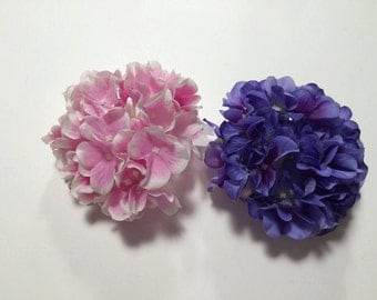 Large hydrangea with clip-pinup rockabilly vintage style