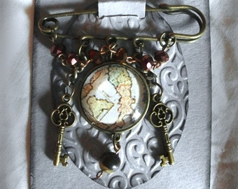 """PIN in the collection """"the traveller"""" (map Italy)"""