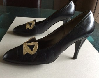 Bally 1950s Accent Studio black leather high heel shoes