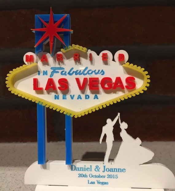 las vegas wedding cake topper personalised las vegas wedding cake topper 16725