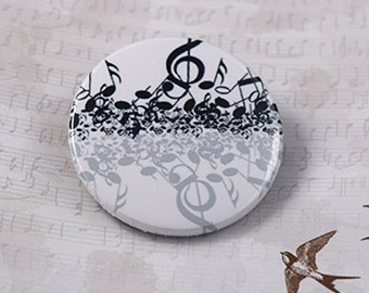 Music note Button Badge (or magnet, bottle opener or pocket mirror)