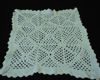 Vintage French hand crochet white cotton doily (02719)