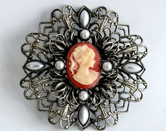 Brooch with Cameo, Antique Silver, 50mm (B38-12)