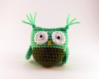 Amigurumi Owl, Green and Hunter Green Crochet Owl