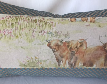"Voyage Linen Highland Cattle Pillow Checked Cut Velvet Back 14""x 24"" Scotland!"
