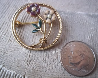 Enamel Flower and Faux Pearl Gold Tone Brooch