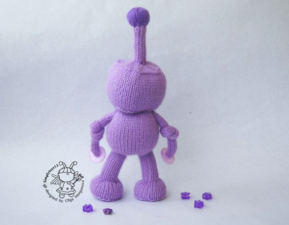 Knitting Toys In The Round : Robot toy knitting pattern knitted round
