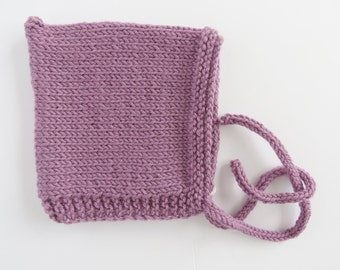 Handknitted Pixie hat for newborn - mauve