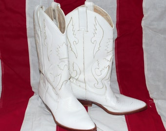 Circle S Brand Woman's White Leather Cowboy Boots Size 7 1/2