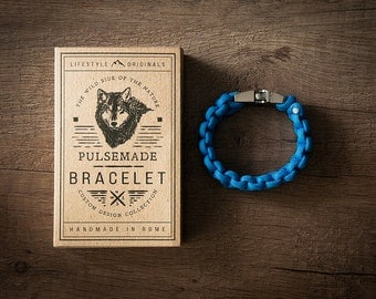 Men's bracelet-blue Colonial woman unisex in Paracord 550-Pulsemade Classic Collection-Handmade paracord mens bracelet-Womens Colonial Blue