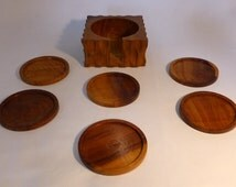 Set of 6 wooden coaster and holder - original from the 1970's