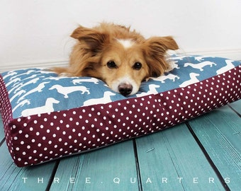 Dog bed, pillows, dachshund, blue, white, red, dots, cozy, soft, cuddly, big, rectangular, dog, cat, pet, polka dots