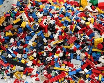 LEGO 1 Pound Vintage parts & pieces bulk lot bricks blocks with 3 old school minifigures
