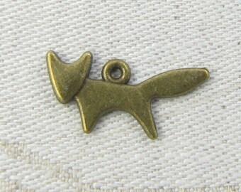 1 or 12, Fox, Fox Charm, Fox Pendant, Bronze Fox Charms, Animal Charms, Woodland Animals, Woodland Charms, ANM123BZ