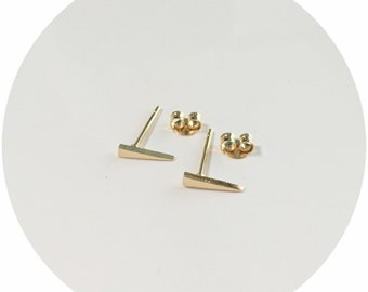 Simple Spike Stud Earrings