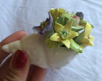 VINTAGE! Royal adderley flower arrangement