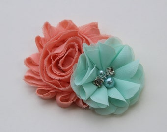 Coral and mint flower girl hair clip, coral and mint bows, coral and mint hair clip, mint junior bridesmaid hair piece, toddler hair bow