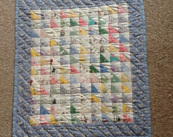 1930's repro Small quilt 46cm X 40cm prom quilt,doll quilt