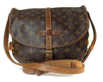 Authentic Vintage 1995 LOUIS VUITTON Saumur 30 Brown Monogram Canvas Crossbody Shoulder Bag Purse