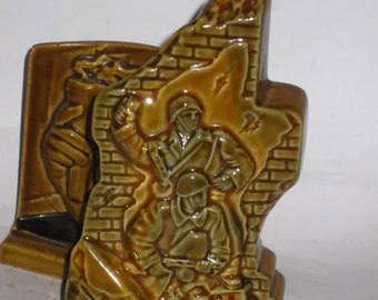 Soviet Soldier CCCP WW2 Monument Old Big Russian DESKTOP SOUVENIR Stalingrad 1942 year.