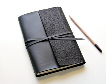 A5 Travelers Notebook with A5 Weekly Planner.  Securely Wrap A5 Journals, A5 Planner Inserts and A5 Travelers Notebook Inserts / A5 Fauxdori