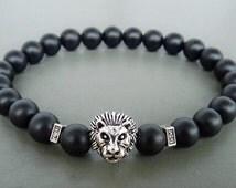 Lion Bracelet, Gift for Boyfriend,  Mens Black Bracelet, Black Onyx Jewelry, Men's Jewelry, Lion Beaded Bracelet, Stretch Lion Head Bracelet