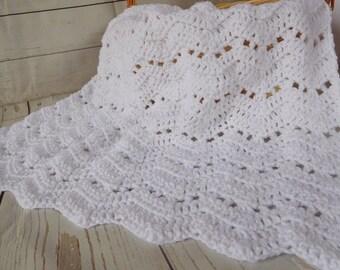 Baby crochet blanket - white baby blanket - white baby afghan - gender neutral baby shower gift, - baby nursery - crib baby bedding
