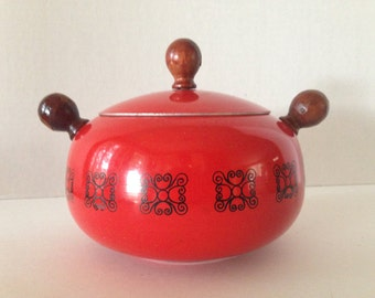 Vintage Red with Black Accent Fondue Pot