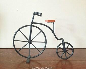 Victorian Style Decorative Antique Vintage Metal Bicycle