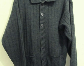Marked Down 30%@@A Men's Vintage 80's,Navy Blue Ribbed Knit COLLARED CARDIGAN Sweater.M