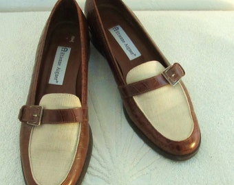 Marked Down 30%@@Women's Vtg 90's,SNAZZY 2 Tone Brown & Beige Faux CROC Loafers by ETIENNE Aigner.8