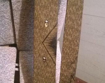 Vintage brown and gold tie geometric, retro