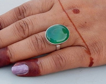 On Sale Oval Green Onyx Gemstone 925 silver Ring Size 7