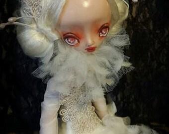 Stella doll, art doll, gothic art doll, gothic doll, horror doll, human figure