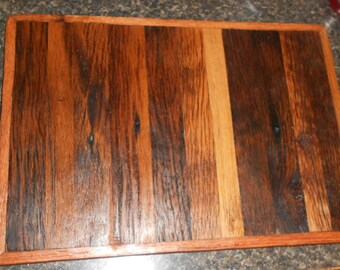 Rustic stlye cutting board