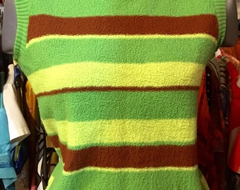 1970' knitted sleeveless top. Size S/M.