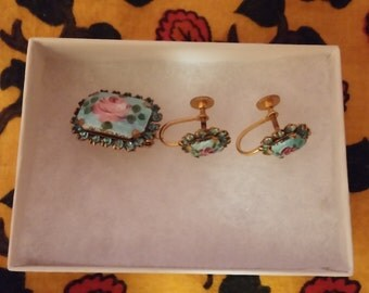 Vintage Screw-back  Earrings and Pin Set