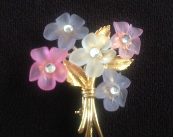 Vintage Pink, Purple and White Plastic Flowers with Rhinestones on Gold Toned Metal Bouqet Brooch 0599