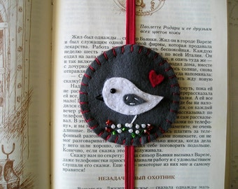 Felt bookmark bird handmade, teacher gift, embroidery booklover bookclub bookreader gift, christmas heart white grey red
